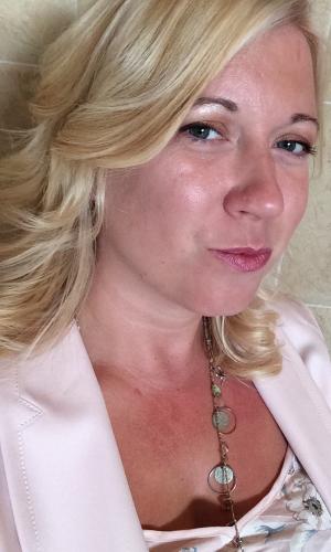 Emma Grant Author Picture